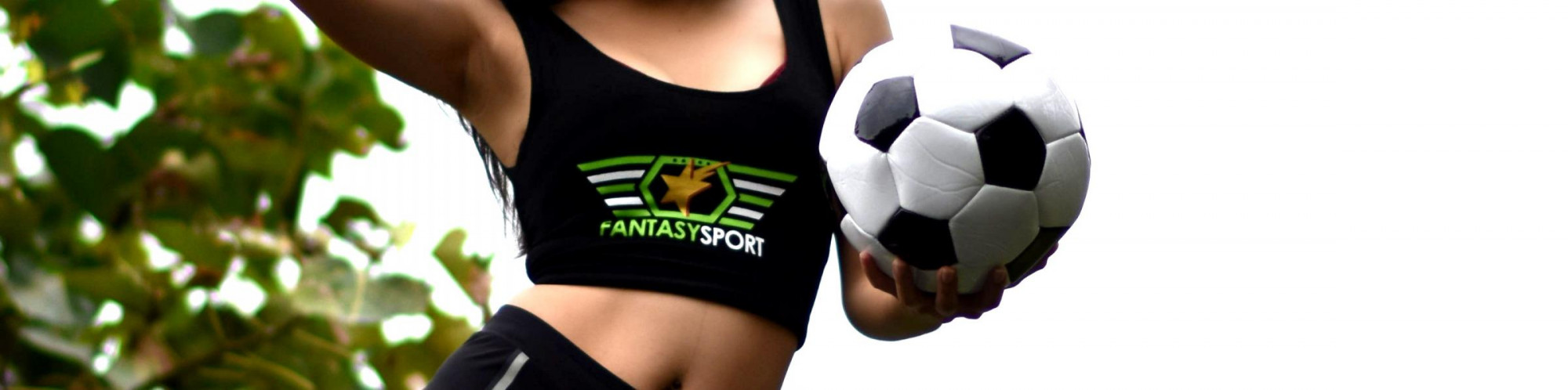 How many teams are there in Fantasy Sports contests?